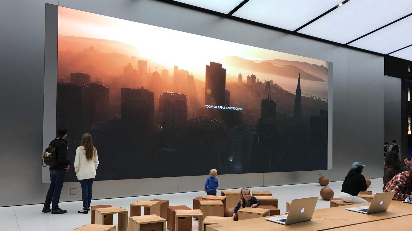 Apple-in-store-experience.jpg