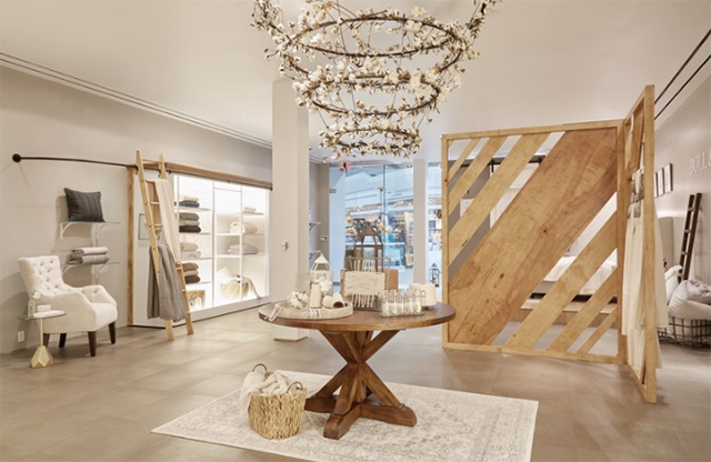 Boll & Branch transforms shopping malls into experiential retail hubs