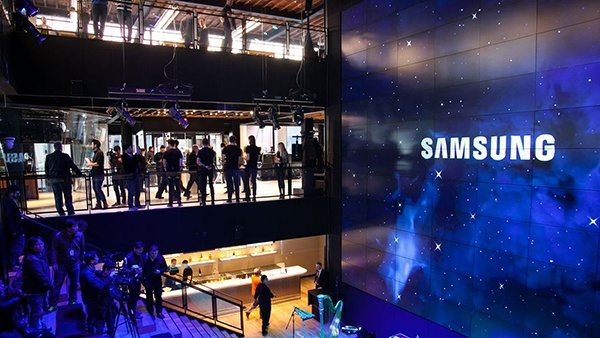 """Samsung's 837 """"Un-Store"""" in NYC Meatpacking District  helped pioneer experiential retail."""