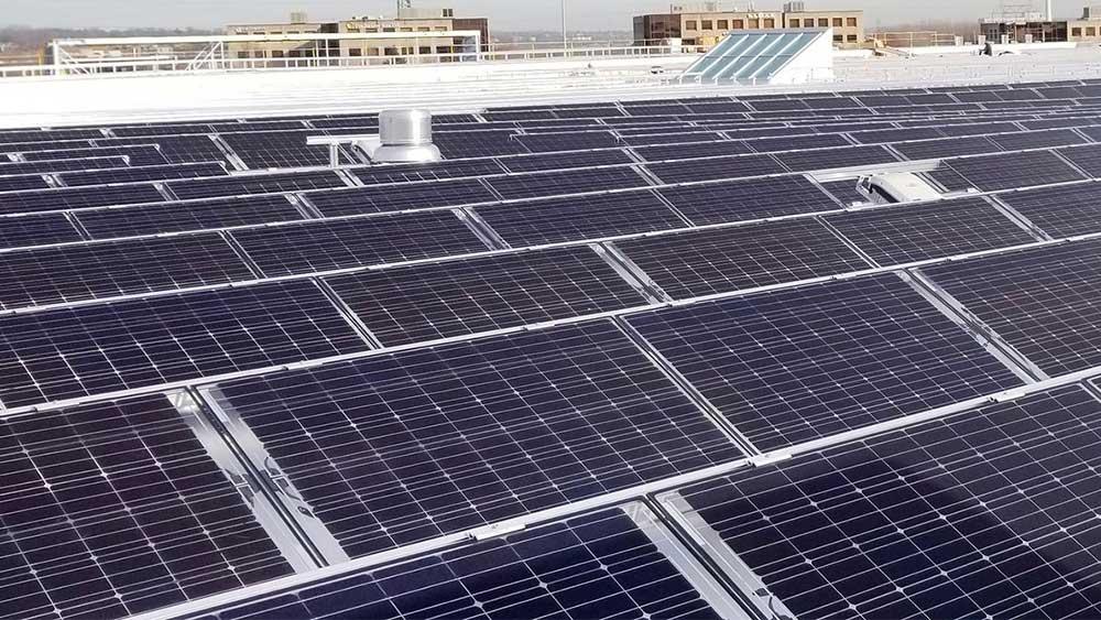 simons-quebec-solar-panel-roof